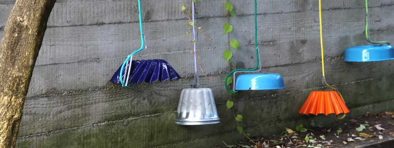 Recyclinglights from old baking molds