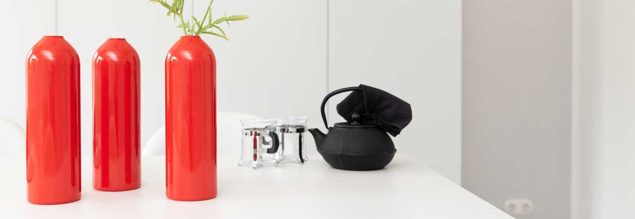 Handmade Vase and Candleholder in red FIRE from werkvoll