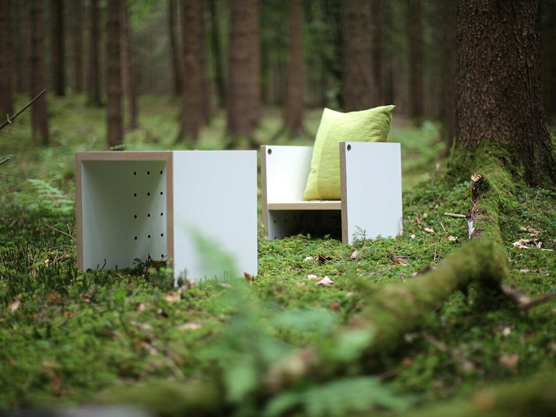 Kindermöbelserie Ma(h)l2 mit Kindertisch und Kinderstuhl von werkvoll in weiß